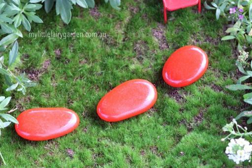 Miniature Fairy Garden Red Stepping Stone Set 3