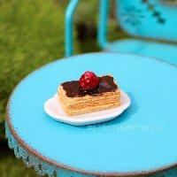 Vanilla Slice with Plate Miniature Fairy Garden