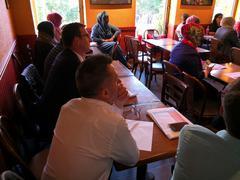 Video: Dialog om religiøse ledernes rolle mot utenforskap