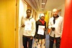 Scoolo har gitt fotokurs til Info123 sin ungdomsgruppe. Se bilder