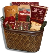 Gift baskets, diaper cakes,gift boxes and gift bags are shipped FREE of charge within Montreal and throughout most of Canada