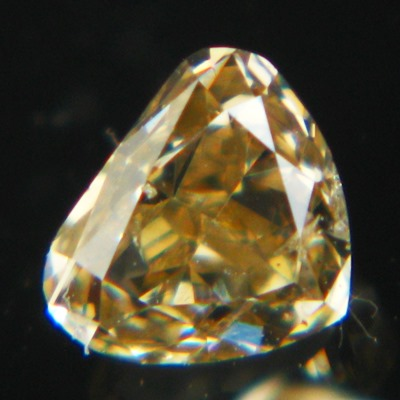 heart shaped diamonds without artificially coloring 30 points