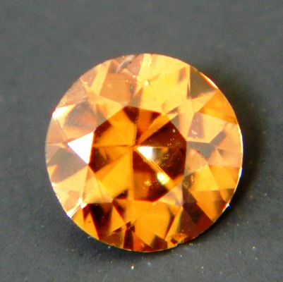precision cut unheated golden zircon from Sri Lanka in round shape