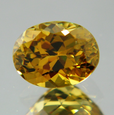 oval natural chrysoberyl