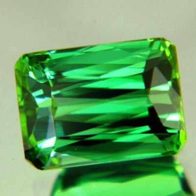 extra fine mint green tourmaline precision brilliant cut in germany