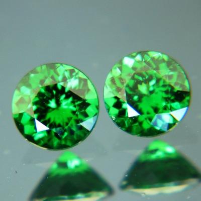 Pair of deep metalic green Tsavorite