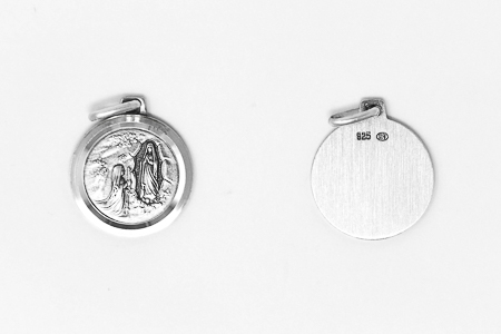 925 Pendant of the Apparitions.