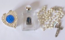 Mother of Pearl Rosary Gift Set.