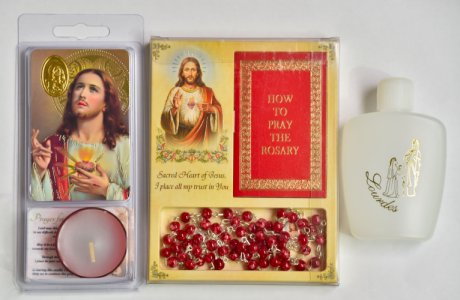 Sacred Heart of Jesus Gift Set.